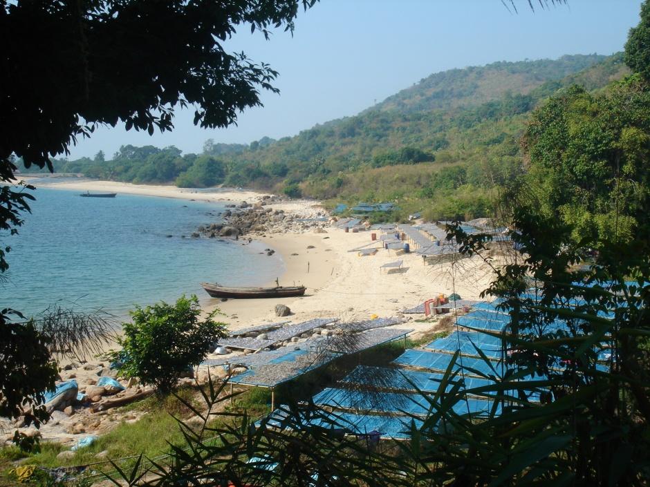 Fishing beach just north of San Hlan